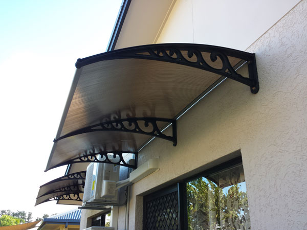 Window-Awning-Installation
